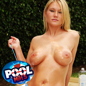 Join Pool MILFs