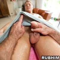 'Visit 'Rub Him''