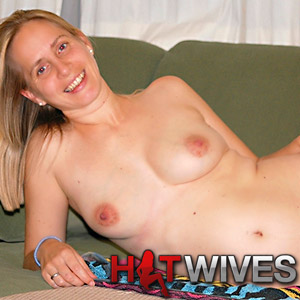 Join Hot Wives