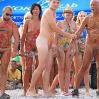 'Visit 'Beach Hunters''