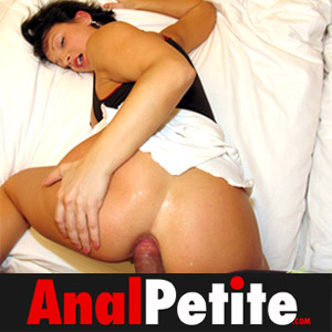 Join Anal Petite