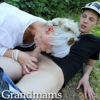 'Visit 'Grandmams''