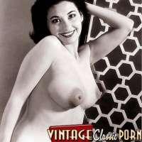 Hot asian girls masturbating shaved pussy