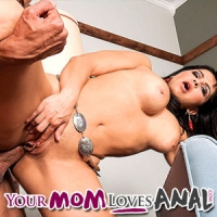 mommy loves anal review