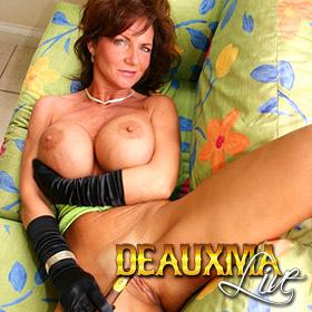 'Visit 'Deauxma Live''