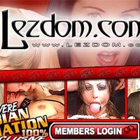 'Visit 'LezDom''