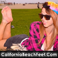 'Visit 'California Beach Feet''