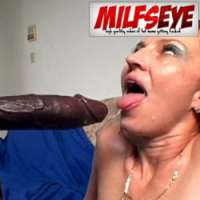 'Visit 'MILFs Eye''
