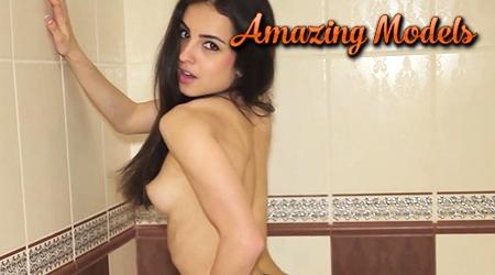 'Visit 'Amazing Models''