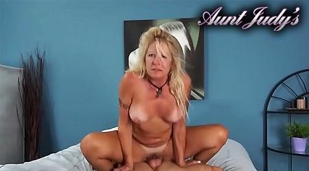 'Visit 'Aunt Judys''