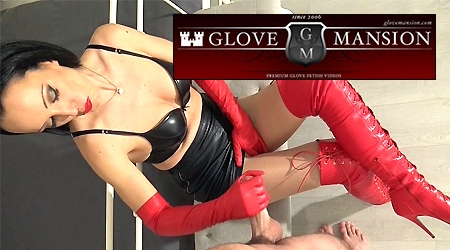 'Visit 'Glove Mansion''