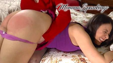 'Visit 'Momma Spankings''