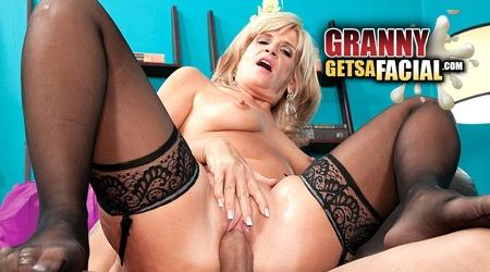 Taylor dooley porn pictures