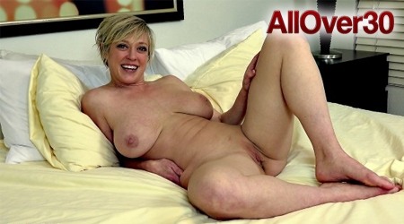 Free milf amature videos soft porn