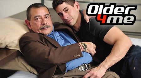 'Visit 'Older 4 Me''