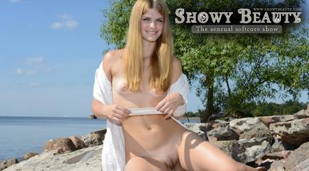 'Visit 'Showy Beauty''