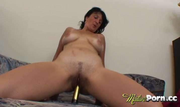 Mature Porn.cc Video