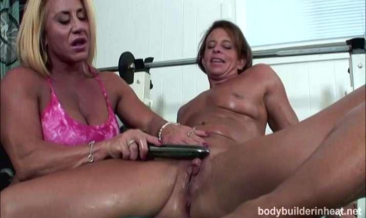 Body Builders In Heat Video