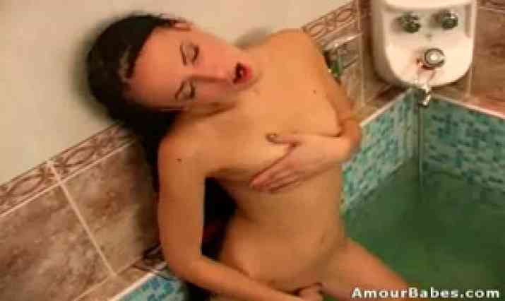 Amour Babes Video