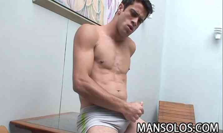 Man Solos Video