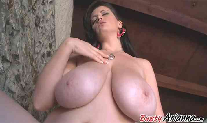 Busty Arianna Video