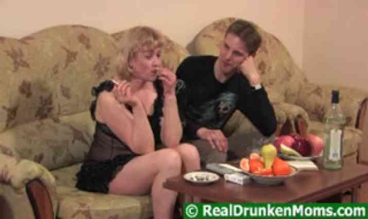 Real Drunken Moms Video
