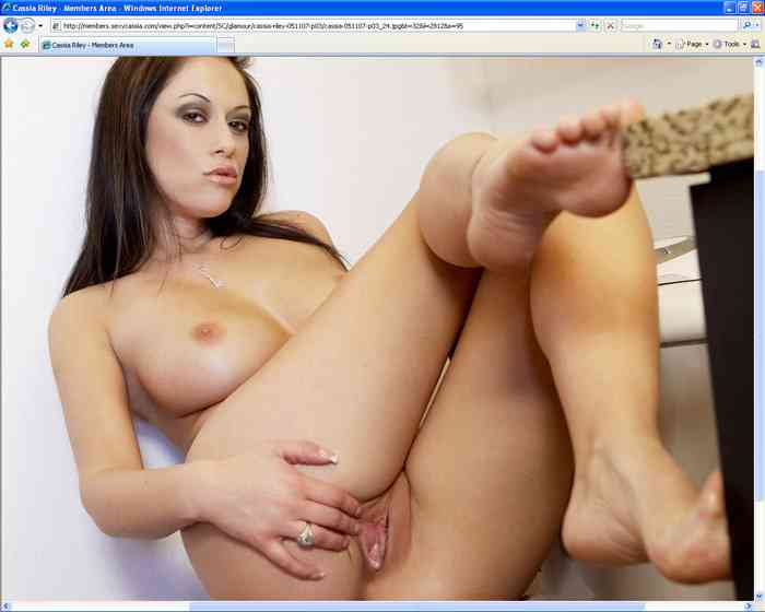 sexy cassia3 free adult 3d comics amateur strip search girl strip searched