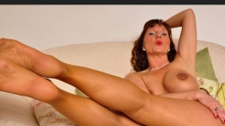 Preview #3 for 'Pantyhose Angel'