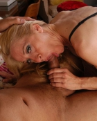middle aged woman sucking dick