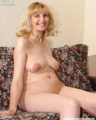 mature blonde posing naked