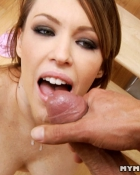 jerking off on girls face