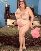 fat redhead with saggy tits